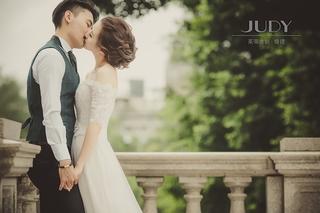 【台北婚紗推薦】 ✨就是喜歡這股時尚感,真的實在太讚囉😘 💕茱蒂文創婚紗攝影棒棒的~👑👑👑