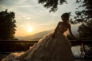 【台北婚紗推薦】 ✨獨愛韓系拍攝,遇見最棒的團隊👍🏻👍🏻👍🏻 💕就在茱蒂文創婚紗攝影唷!!🤗🤗🤗