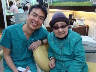 高齡97歲奶奶選擇世樺牙醫植牙:「真的感謝成全」