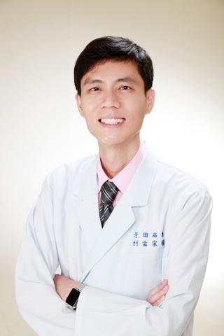 世樺牙醫診所│醫療團隊-柯孟宗 主治醫師