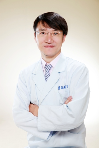 世樺牙醫診所│醫療團隊-雷詠堯 主治醫師