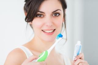 刷牙時流血還要繼續刷嗎?